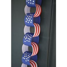 Patriotic Paper Chain From A Pumpkin and a Princess  #4thofJuly #Crafts For The #Kids