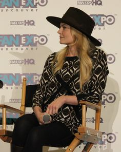 Jennifer Morrison Fan Expo in Vancouver - Friday April 3, 2015.