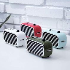 Amazon.com: Retro Wireless Speaker, Lofree Poison, Portable Speaker with Bluetooth 4.2, HD Sound and Enhanced Bass, 20W Loud Output, FM Radio with Vintage Look, Unique Design, Ideal Gift for Men/Women/Teenagers: Home Audio & Theater