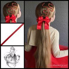 Two four strand ribbon braids into a ponytail with a gorgeous bow from Goudhaartje.nl (see link in bio, worldwide shipping). #christmashair #christmasbraid #christmas #tinselgarland #kerst #hair #haar #vlecht #vlechten #bow #hairstyle #braid #braids #hairstylesforgirls #plait #trenza #peinando #beautifulhair #gorgeoushair #stunninghair #hairaccessories #hairinspo #braidideas #amazinghair #ponytail #haarstylist #goudhaartje