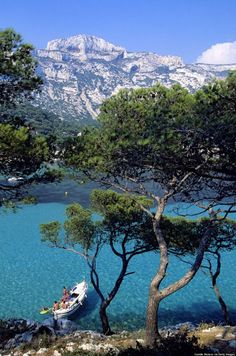 Calanque de Sormiou, France- farther out from Cassis, only reachable by boat Places Around The World, Oh The Places You'll Go, Places To Travel, Places To Visit, Around The Worlds, Belle France, France 1, Voyage Europe, Parc National