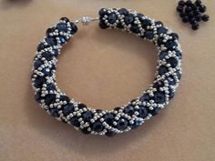 Seed beads stitched bracelet