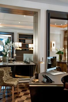 Find the latest interior design inspirations and projects from the world's best designers and furniture brands and build the perfect living space. John Taylor, Beautiful Interiors, Beautiful Homes, Jean Louis Deniot, Interior Decorating, Interior Design, French Interior, Wood Trim, Home Office Design