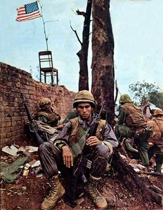 US Marines in Hue, 1968. Photographed by Don McCullin.  (Source: alphaonefive.com)