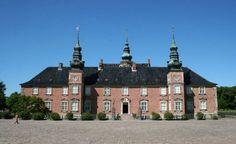 Jægerspris Castle, Denmark  upload.wikimedia.org