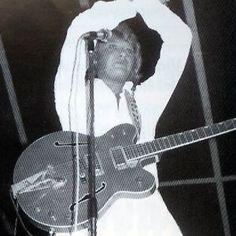 Tenues de scène de Johnny Hallyday— Tournée 79 Arts, Costume, Scene Outfits, Dress Shirt, World, Photography, Costumes, Fancy Dress, Costume Dress