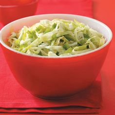 Campers' Coleslaw Recipe -Crispy and crunchy, this traditional, no-fuss slaw makes a refreshing side dish for summer picnics and parties. Slaw Recipes, Home Recipes, Great Recipes, Cooking Recipes, Favorite Recipes, Healthy Recipes, Picnic Side Dishes, Vegetarian Cabbage, Coleslaw