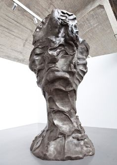 Chinese contemporary sculpture Sui Jianguo (March 3-April 14, 2012)