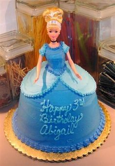 Cinderella doll cake> I want to learn how to make this kinda of cake so bad!