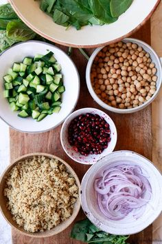 A hearty chickpea quinoa salad high in plant based protein makes a great meal prep work lunch that's vegan and gluten free! Salad Dressing Recipes, Healthy Salad Recipes, Real Food Recipes, Vegetarian Recipes, Cooking Recipes, Chickpea Recipes, Vegetarian Cooking, Lunch Recipes, Yummy Food