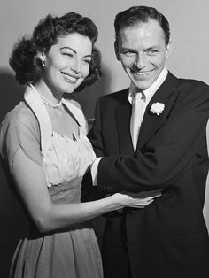 tinasinatra:  Ava Gardner and Frank Sinatra on their wedding...