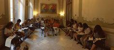 """Un momento de la clase de """"Introducción a la kabbalah"""". Impartida por Luis Jiménez-Fondoazul Málaga dentro de los cursos de verano de la Escuela Andalusí, para los alumnos formados en """"Desarrollo Interior"""" y """"La Vía iniciática en la Terapiafloral evolutiva"""".  Seguimos"""