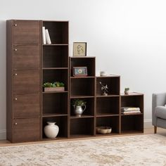38 Handy Corner Storage Ideas that will Help You Maximize Your Space - The Trending House Corner Storage, Bookcase Storage, Bookshelves, Shelving, Canto Bar, Room Partition Designs, Bookshelf Design, Space Furniture, Home Decor