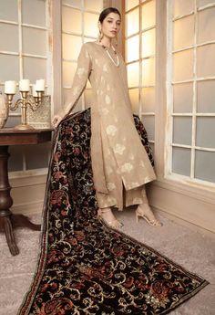 Pakistani Party Wear Dresses, Bridal Mehndi Dresses, Simple Pakistani Dresses, Desi Wedding Dresses, Shadi Dresses, Pakistani Wedding Outfits, Indian Party Wear, Simple Dresses, Pakistani Salwar Kameez Designs