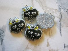 Kawaii Black and Yellow Resin Skull Charms or by jansbeads on Etsy, $4.00