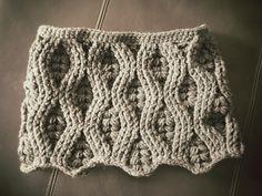 Grey cowl crochet