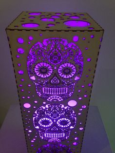 Sugar Skull Lamp by DancingAnts on Etsy Sugar Skull Decor, Sugar Skull Art, Sugar Skulls, Arte Latina, Candy Skulls, 3d Laser, Gothic House, All Things Purple, Deco Design