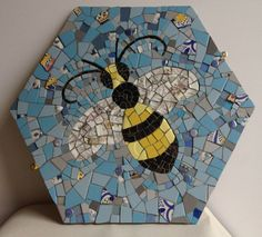 Items similar to Vintage Bee Mosaic on Etsy Mosaic Crafts, Mosaic Projects, Mosaic Art, Mosaic Tiles, Paper Mosaic, Mosaic Stepping Stones, Stone Mosaic, Mosaic Glass, Stained Glass