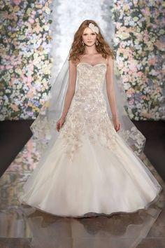 Martina Liana #Wedding Dresses Spring 2014 Collection. To see more: http://www.modwedding.com/2013/09/24/martina-liana-wedding-dresses-spring-2014-collection/ #weddingdress #weddingdresses