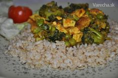 Brokolica a tofu s hráškom (fotorecept) Tofu, Detox, Food And Drink, Rice, Meat, Chicken, Laughter, Jim Rice, Cubs