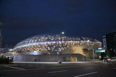 Dongdaemun Design Plaza (동대문디자인플라자(DDP) Seoul,korea  동대문디자인플라자의 야경,,,판타지아,,,  동대문 플라자 DDP http://english.visitkorea.or.kr/enu/SI/SI_EN_3_1_1_1.jsp…  우리들한의원 홈피 Wooreedul Korean Medicine Clinic English HP http://www.iwooridul.com/english 日本語HP http://www.iwooridul.com/japan 中國語 HP http://www.iwooridul.com/chinese  우리들한의원 무료앱 다운법 사상체질진단가능 free app. sasang diagnosis program. http://www.iwooridul.com/app-update