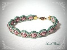 Sarah Wood, Soutache Tutorial, Soutache Jewelry, Design Crafts, Anklets, Bangle Bracelets, Jewerly, Jewelry Making, Brooch