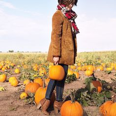If planning out a pumpkin-picking outfit is wrong, we don't want to be right. 🎃 Get yourself a blanket scarf (a must for in our bio. Pumpkin Patch Photography, Pumpkin Patch Pictures, Pumpkin Picking, Autumn Cozy, Cute Pumpkin, Fall Pictures, Blanket Scarf, Instagram Shop, Kohls