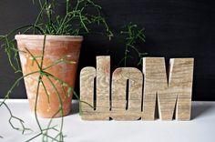 """Drewniana dekoracja """"DOM"""" stworzona przez Any-Thing!"""