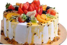 aprenda a fazer bolo de marcacujá rechado com morangos. Fica uma DELÍCIA!!!