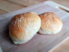 Hrníčková houska na hamburger Hamburger, Bread, Food, Eten, Hamburgers, Bakeries, Meals, Breads, Loose Meat Sandwiches
