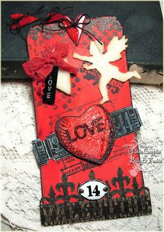 The Funkie Junkie: Oh Yeah, It's Red! Uses Tim Holtz sizzix mini love struck mover and shaper, Love Struck die, Love Struck Stamps, Valentine's background and borders texture fade and more! Valentines Day Food, Valentine Day Love, Valentine Crafts, Valentine Day Cards, Vintage Valentines, Atc Cards, Card Tags, Valentine Background, Paper Tags