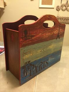 ahşap boyama ekmek kutusu - Google'da Ara 2015 Wallpaper, Decoupage Wood, Distressed Furniture, Vintage Country, Painting On Wood, Vintage Designs, Wood Crafts, Stencils, Projects To Try