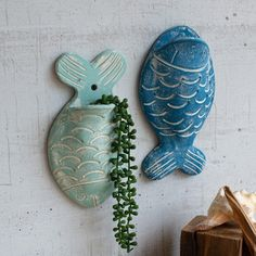 Kalalou Set Of 2 Clay Fish Wall Planters, You are in the right place about ceramica pottery Here we offer you the most beautiful pictures about the pottery techniques you are looking for. When you examine the Kalalou Set Of 2 Clay Fish Wall Planters, […] Clay Fish, Ceramic Fish, Ceramic Clay, Porcelain Ceramic, Hand Built Pottery, Slab Pottery, Pottery Vase, Pottery Clay, Weller Pottery