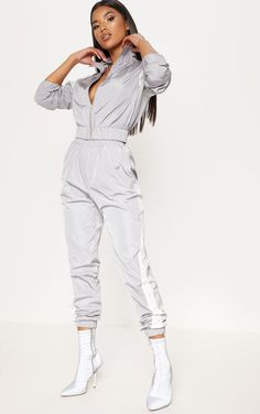 The Grey Stripe Shell Tracksuit Jogger. Head online and shop this season's range of trousers at PrettyLittleThing. Express delivery available. Sport Fashion, Look Fashion, Fashion Outfits, Trousers Women, Pants For Women, Clothes For Women, Sporty Outfits, Cute Outfits, Looks Pinterest
