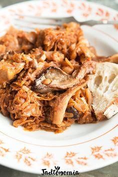 Bigos z boczniakami Vegan Gluten Free, Vegan Vegetarian, Keto, Pulled Pork, Apple Pie, Cooking Recipes, Ethnic Recipes, Desserts, Food