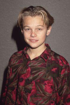 41 Awkward Leonardo DiCaprio Faces to Love  - ELLE.com