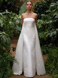 Second Wedding Dresses, Wedding Dress Prices, Classic Wedding Dress, Zac Posen, Bridal Gowns, Wedding Gowns, Igbo Wedding, Wedding Attire, Hollywood Costume