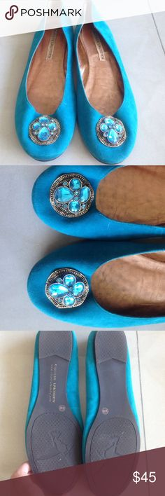 Chinese Laundry Embellished Ballet Flat Size 8.5 Chinese Laundry Embellished Ballet Flat, size 8.5.  Turquoise color with gold and turquoise, worn a handful of times Chinese Laundry Shoes Flats & Loafers