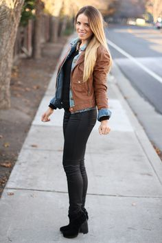 Sweater Queen's Wardrobe, Jean Jacket Gap, Leather Jacket Kenna T, Jeans 7 For All Mankind, Booties Modern Vintage