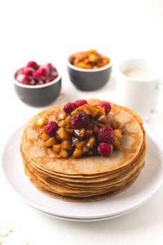 Crepes veganos sin aceite. Esta receta es una versión más saludable de nuestros crepes veganos y está aún más rica. ¡Tienes que probarlos!
