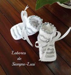 Labores de siempre: Conjunto bebé Blanco y gris Boquet, Projects To Try, Christmas Ornaments, Lana, Holiday Decor, Crochet, Irene, Couture, Dress