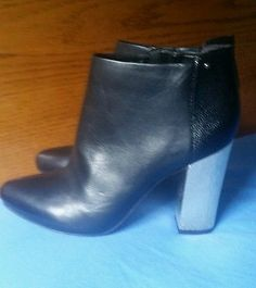 NEW CIRCUS By SAM EDELMAN BOND Black Leather Zip Up Gold Heel Ankle Boots SZ 6
