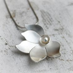 Sterling Silver and Pearl Necklace Silver Flower by moiraklime
