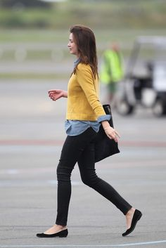 flats + skinny jeans + button down + colored pullover + Miranda Kerr