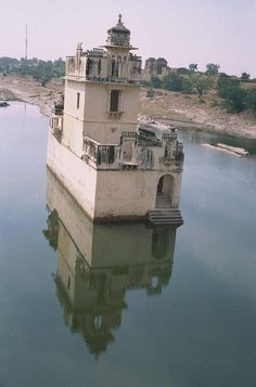 awesome! Chittor Fort, Chittorgarh, India