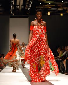 Vibrant textiles and flowing colors! Experience the passion in Caribbean fashion and design at our Virtual Travel Show Sept World Of Fashion, Fashion Show, Fashion Outfits, Womens Fashion, Fashion Design, Fashion Ideas, African Fashion, Indian Fashion, African Women