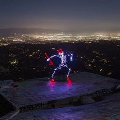 This skeleton sure knows how to get down on Halloween. To create this funky skeleton animation, artist Darren Pearson drew and captured thousands of long-exposure images at night, using an LED light pen. Read more about his light paintings at the link in our bio. 📸: Darren Pearson | @dariustwin  via ✨ @padgram ✨(http://dl.padgram.com)