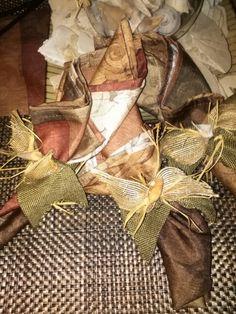 Raffia Seashell Napkin Holders