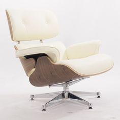 Reproduction de la Eames EA670, Plywood Group, Lounge chair incl. hocker. La conception originale de 1956 est devenue célèbre sous le nom EA670.