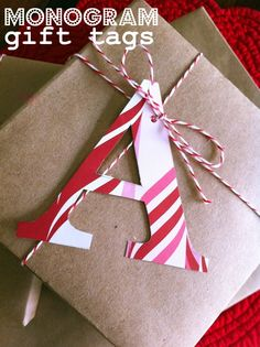 (A través de CASA REINAL) >>>>>  Cute Christmas Wrapping  lifeisrosier.squarespace.com